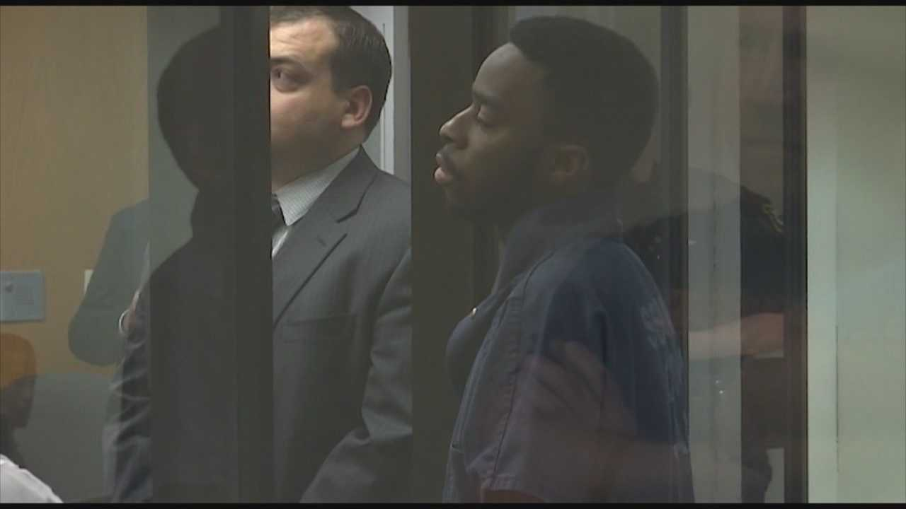 The man accused of shooting and robbing a money carrier at an Altamonte Springs Publix is being held without bond. Lilburtie Willis made his first court appearance on Wednesday. Bob Kealing (@bobkealingwesh) has the story.