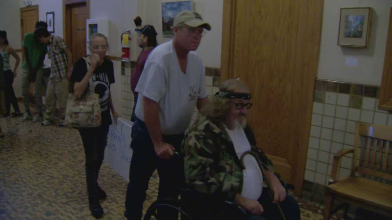 Several local veterans said they are trying to avoid being kicked out of their home in Eustis. Chris Hush (@ChrisHushWESH) has the story.