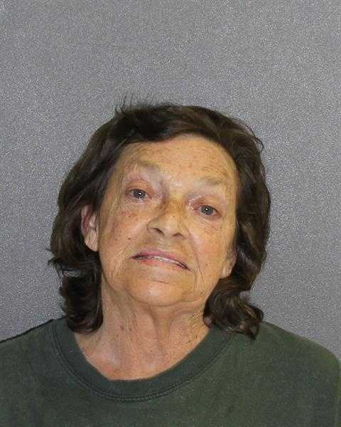 LELA HAMILTONAGGRAVATED BATTERY (DEADLY WEAPON)CORRUPTION BY THREAT AGAINST PUBLIC OFFICIAL