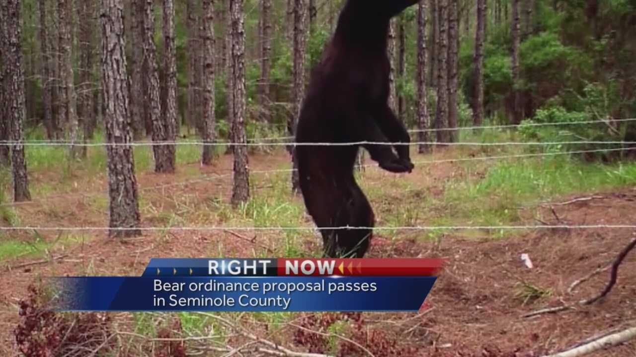 Seminole County voted on Tuesday to be the first county in the state to regulate how people live around bears. Dave McDaniel (@WESHMcDaniel) explains.