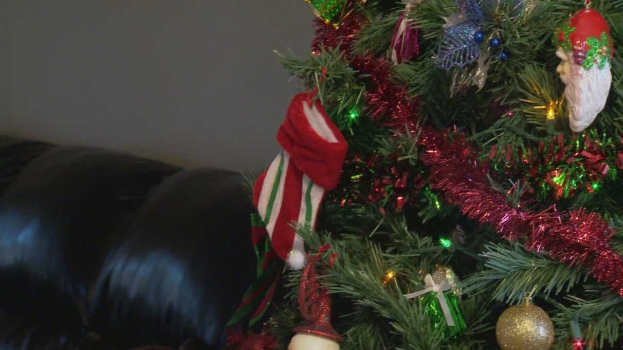 Local, homeless veterans are receiving help this Christmas. They're not only receiving meals, but also a stay in a hotel. Matt Grant (@MattGrantWESH) has the story.