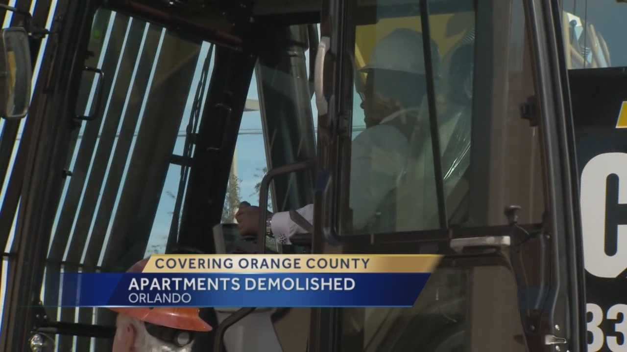 A big lift began Tuesday for an Orange County neighborhood that's been plagued by violence and poverty. The goal is to replace the apartments with a new development, giving residents a reason to move back. Greg Fox (@GregFoxWESH) explains.