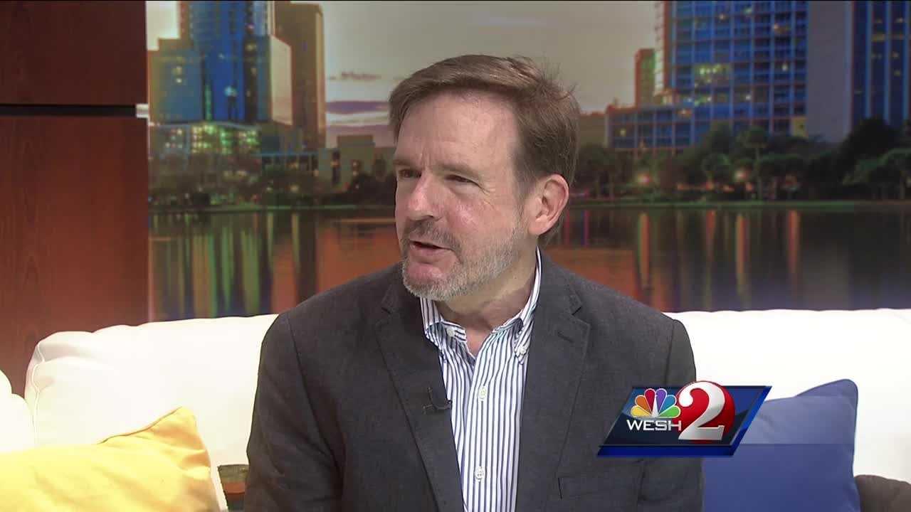 Organizer Eddie Selover talks about Pecha Kucha Orlando.