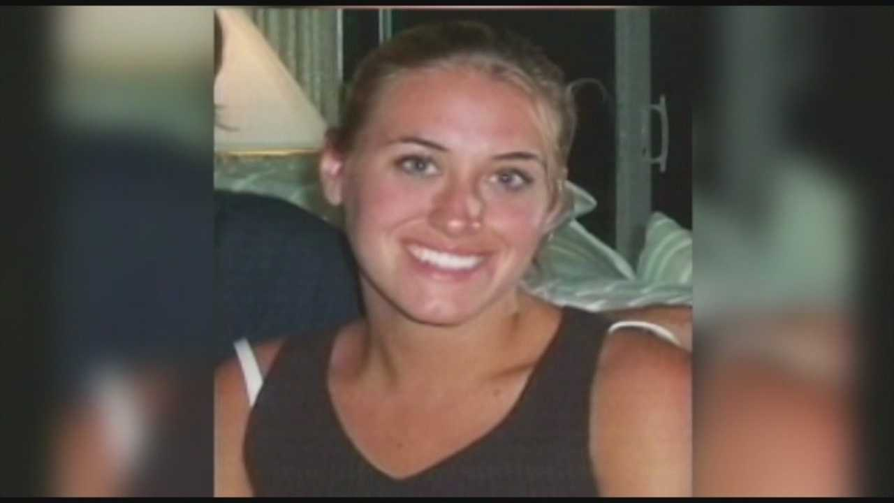 It's been nearly a decade since an Orlando woman disappeared, but police and her family haven't given up hope on finding her. Police offered an investigation update recently and her parents made yet another plea for help from the public. Dave McDaniel (@WESHMcDaniel) has the story.