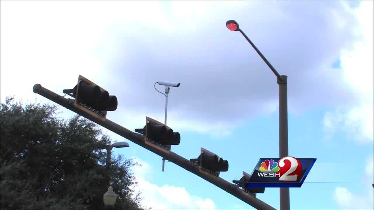 A circuit judge ruled Orlando is not following the law when it tickets drivers. The ruling comes after an attorney filed a lawsuit after receiving a red light ticket about a year ago. Matt Lupoli reports.
