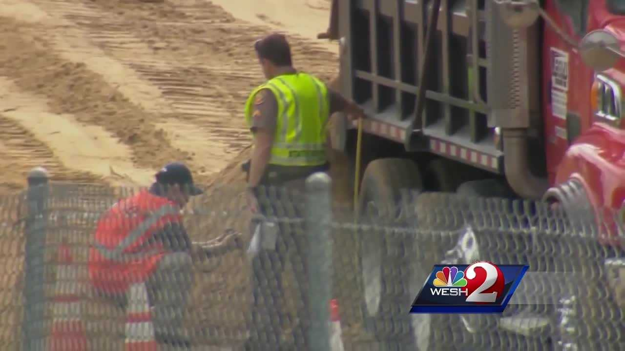All work on the I-4 Ultimate project is on hold because of a worker's death at a construction site on Wednesday. WESH 2 News Reporter Matt Grant has the story.