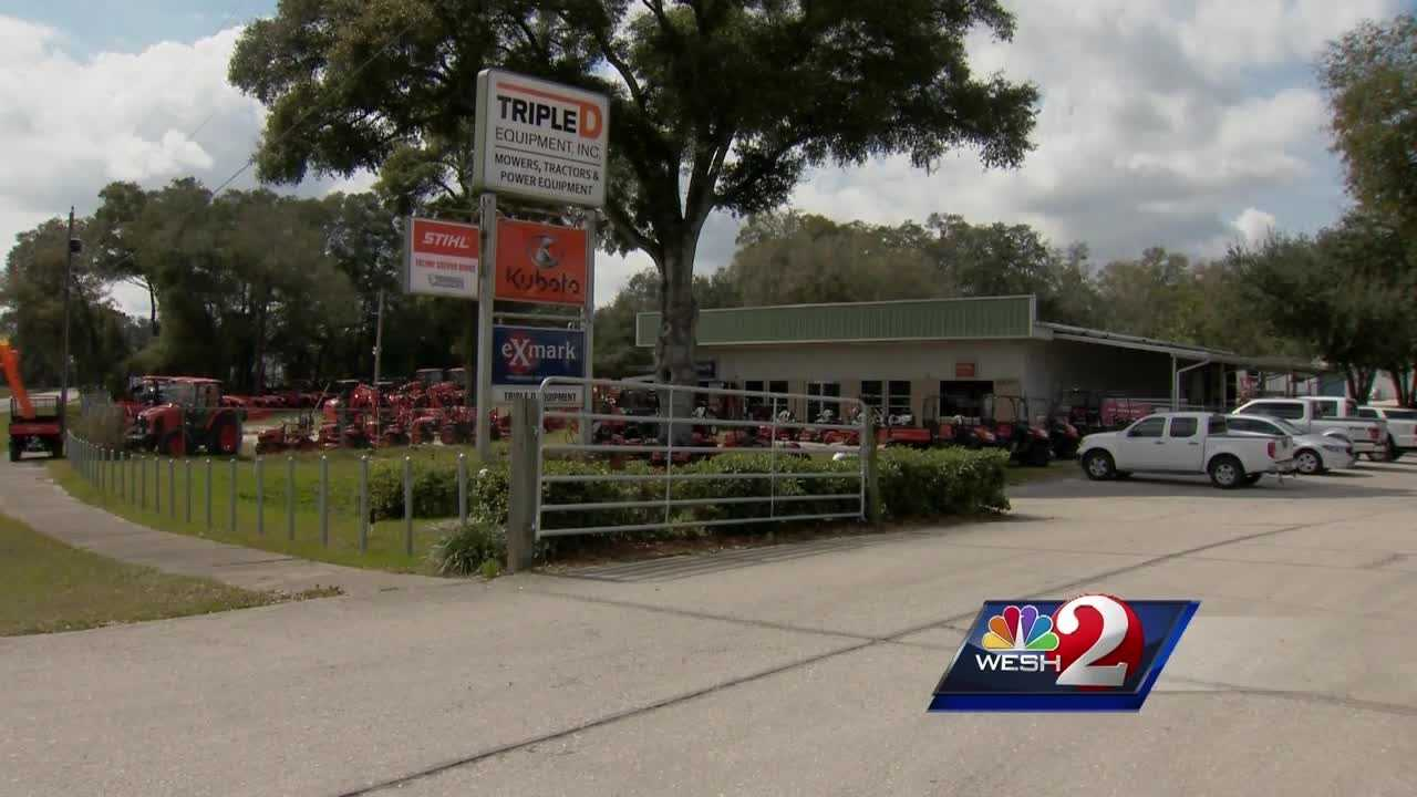 The owner of a lawn equipment business near DeLand fired warning shots Wednesday morning after two people stole expensive gear. The search is on for the suspects, who drove away from the scene. Claire Metz reports.