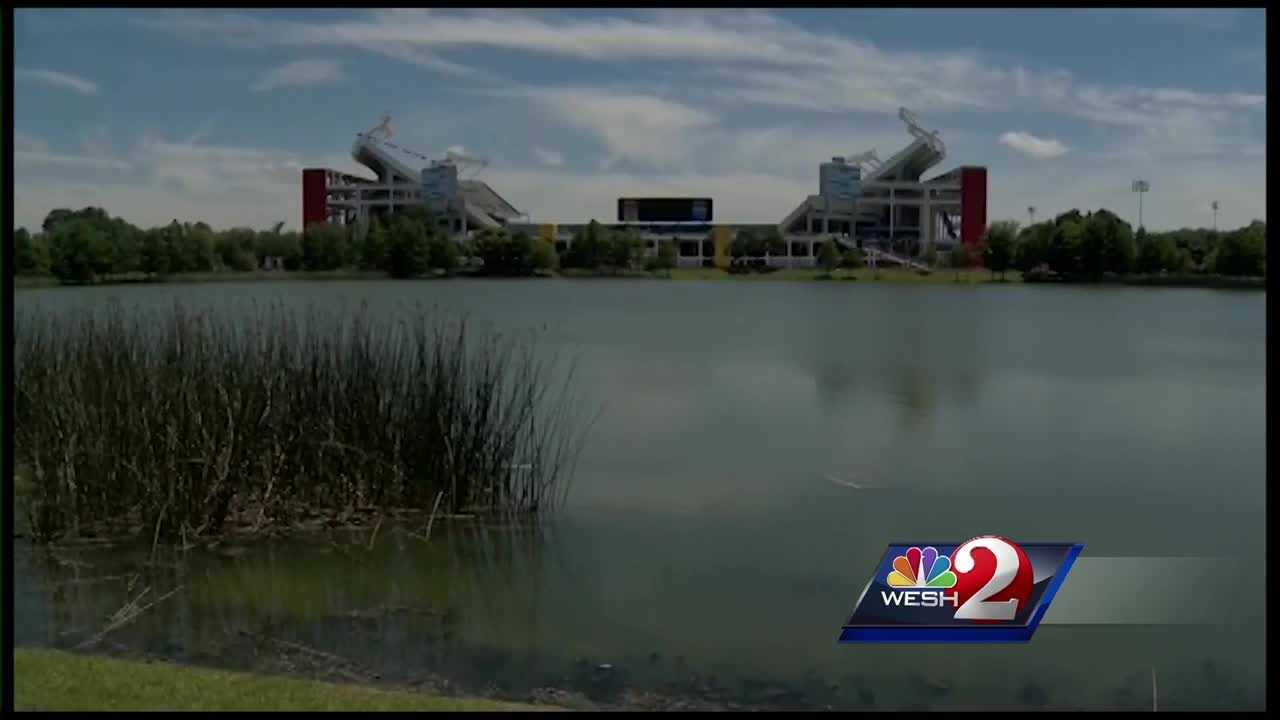 Organizers estimate as many as 25,000 people will gather at the Citrus Bowl Sunday for an Easter Celebration aimed at serving Central Florida's homeless.