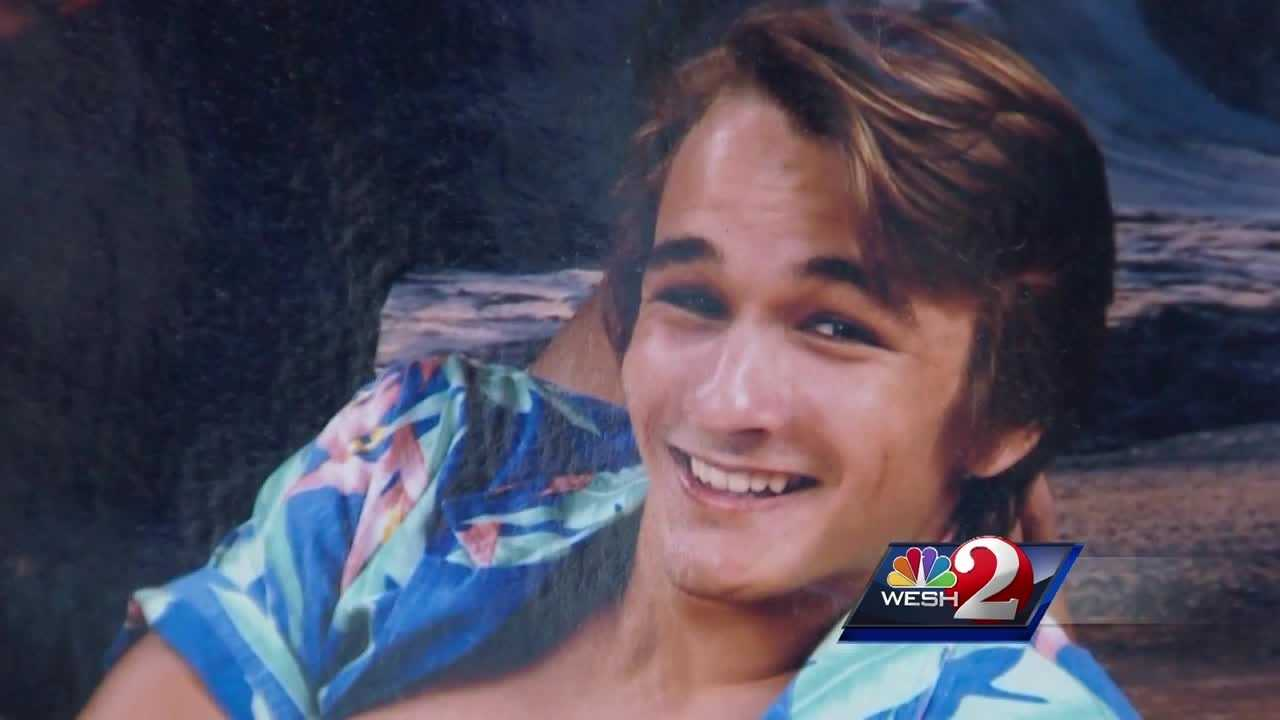 WESH 2 News spoke to the heartbroken mother of a teenager who was hit and killed by a train in Ormond Beach. Claire Metz (@clairemetzwesh) has the story.