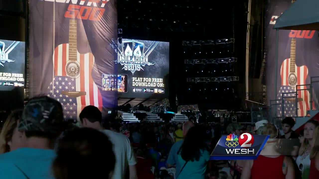 The beach isn't the only big attraction in Daytona Beach this weekend. Thousands are expected to attend the first ever Country 500 concert weekend at Daytona International Speedway. Summer Knowles (@WESH2SummerK) has the story.