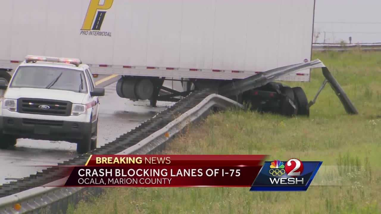 A crash on I-75 in Ocala closed traffic in both the northbound and southbound lanes, according to officials. Traffic was down to one lane Monday afternoon.