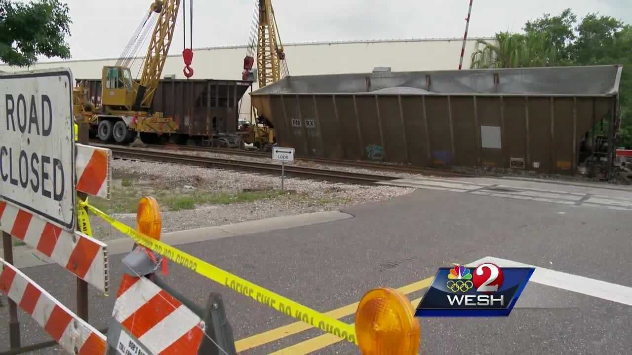 Pineloch Avenue near downtown Orlando was closed after a CSX freight train derailed early Wednesday.