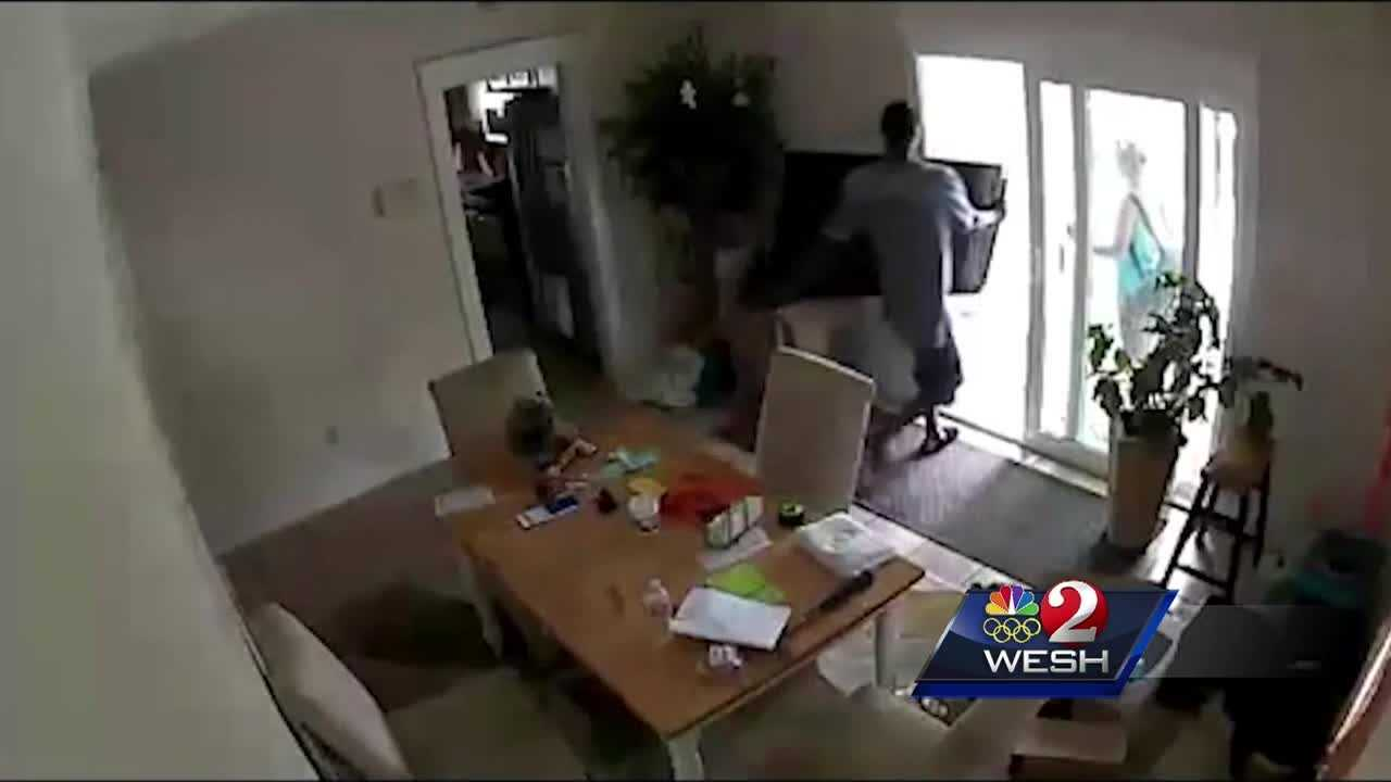 Police in Daytona Beach are looking for thieves shown on home surveillance video hauling off about $9,500 worth of possessions.