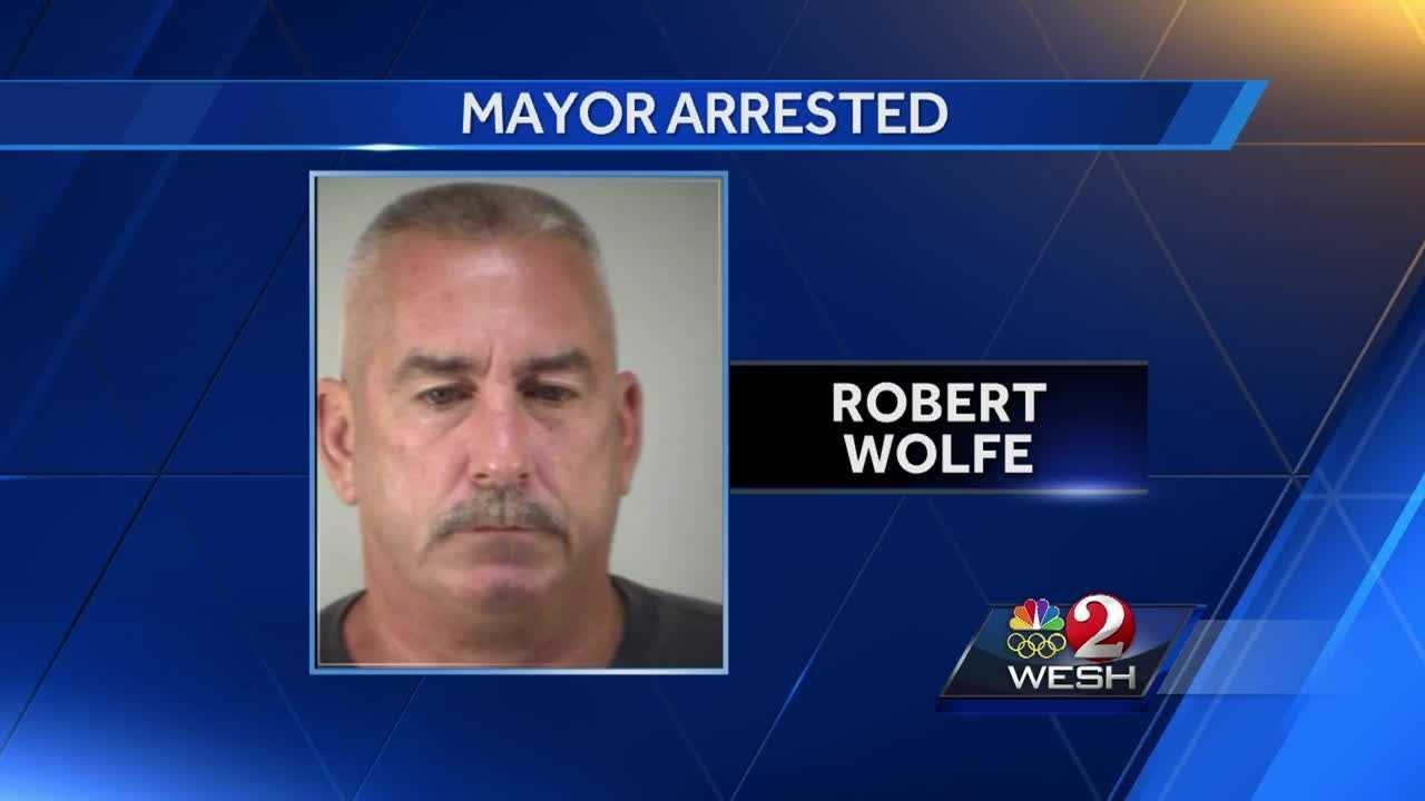 The mayor of Tavares, Robert Wolfe, was arrested Wednesday evening on charges of insurance fraud. Chris Hush explains.