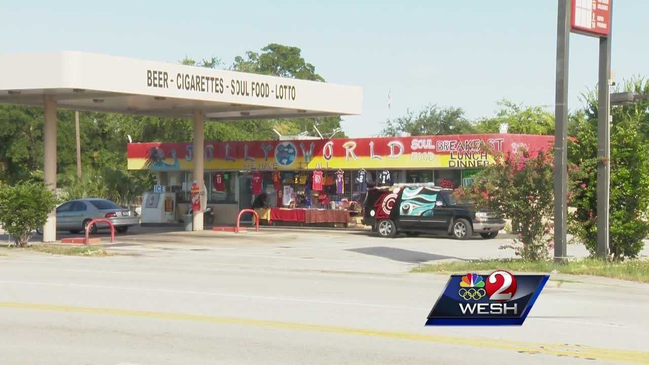 Convenience store worker charged in stabbing