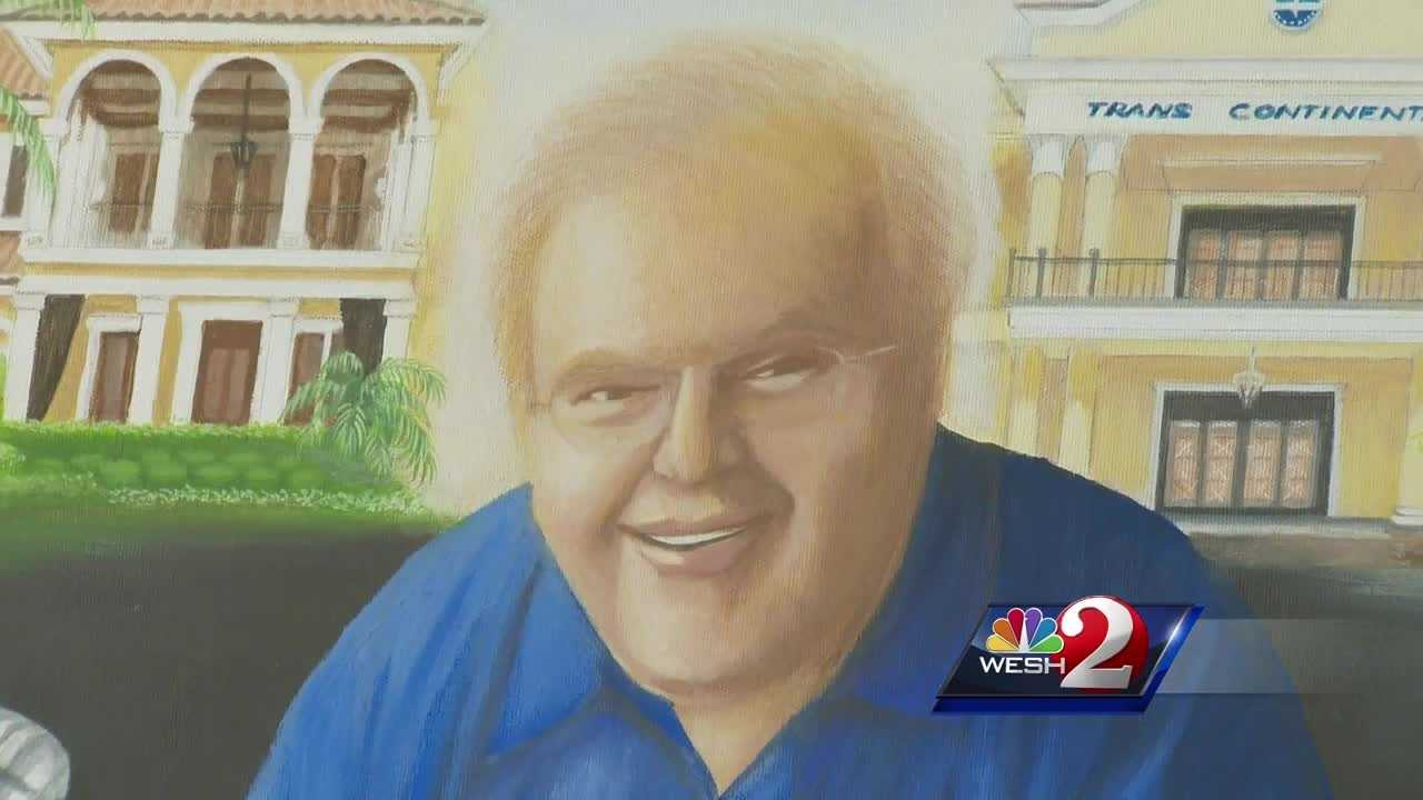 Monday afternoon, the Federal Bureau of Prisons revealed that Lou Pearlman died of cardiac arrest on Friday. WESH 2 News got a look at a few pieces of his music empire which will be given back after years of court battles. Bob Kealing reports.