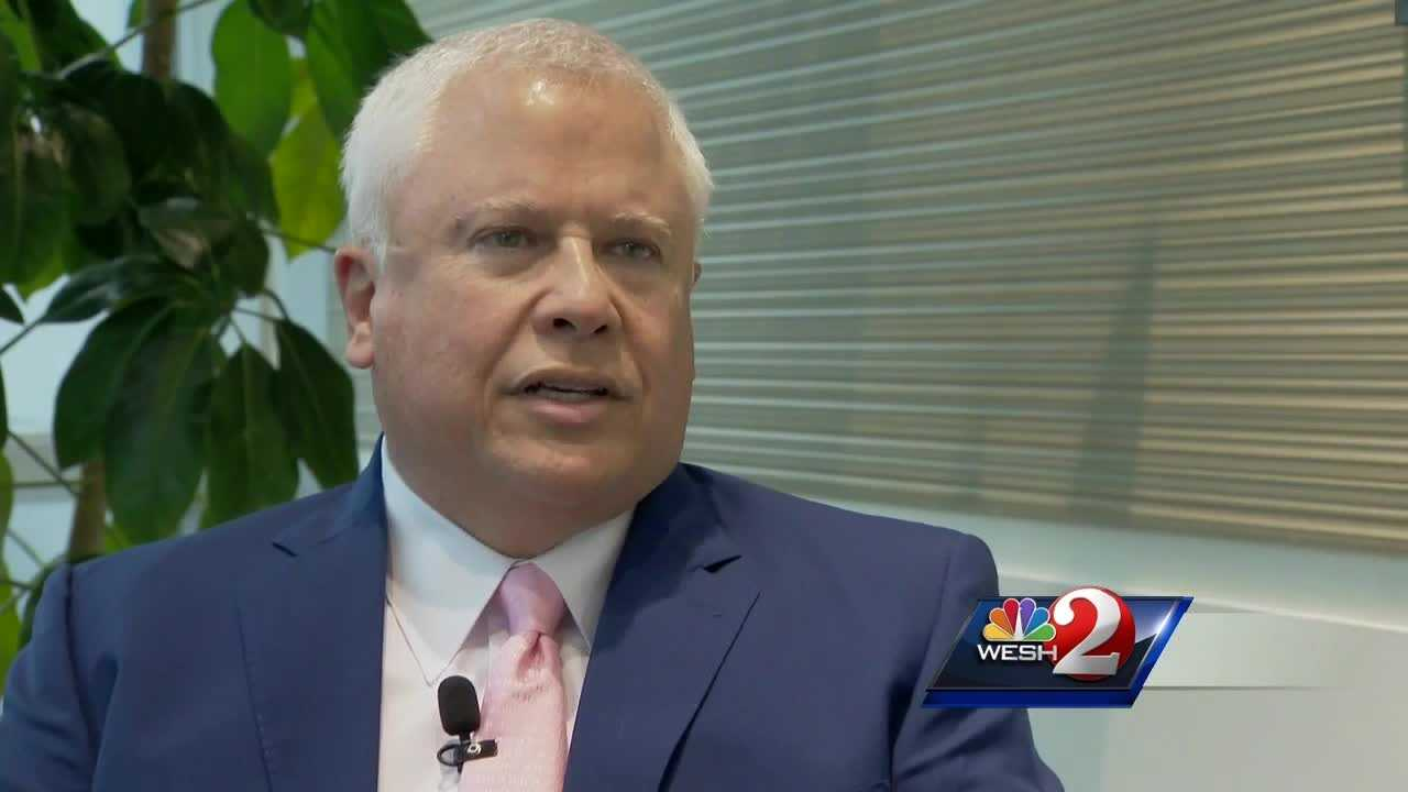 The candidates for Florida's Senate seat are making a last-minute push to rally votes before Tuesday's election. Greg Fox reports.