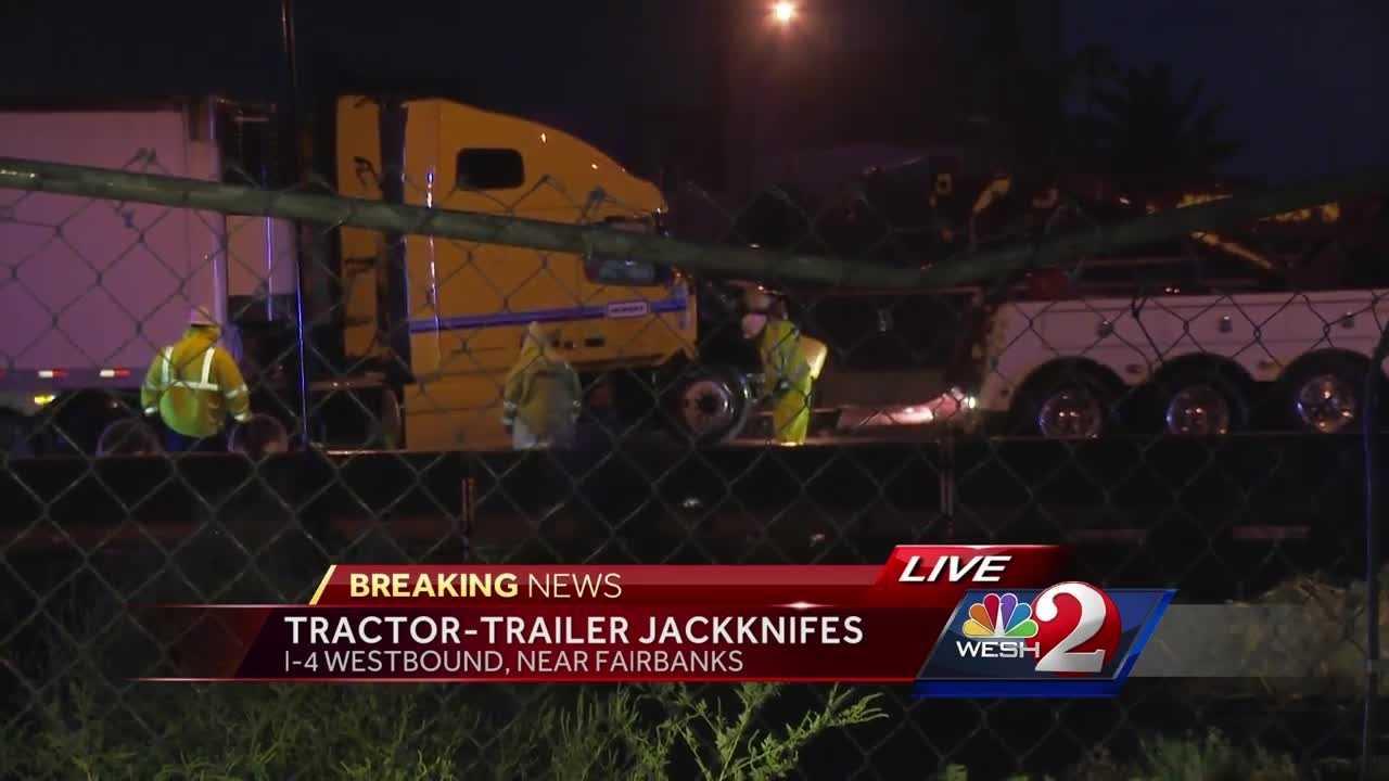 Tractor-trailer jackknifes on I-4