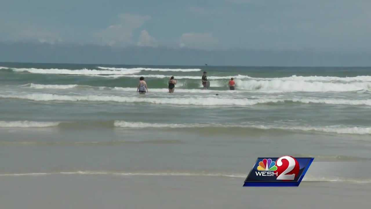 3 shark bites reported Sunday at New Smyrna Beach