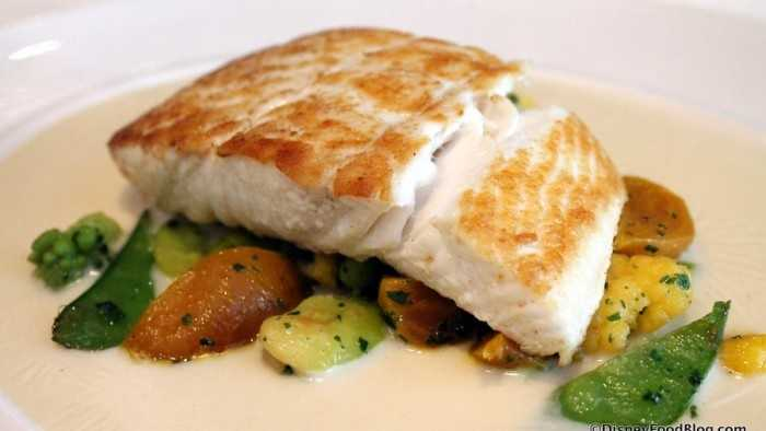 Flying-Fish-Oceans-Bounty-Sustainable-Fish-Alaskan-Halibut-4-700x414.jpg