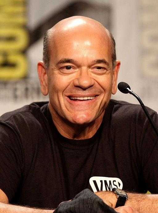 """Robert Picardo: Born in Philadelphia where he graduated from William Penn Charter School, Picardo is best known for his role as the Emergency Medical Hologram on the TV show """"Star Trek: Voyager."""""""