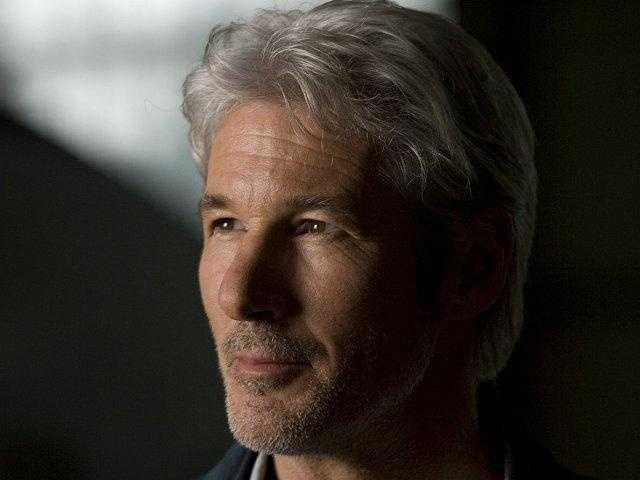 """Richard Gere: Gere was born in Philadelphia, but graduated from North Syracuse High School in New York. He is the star of several hit films, including """"An Officer and a Gentleman,"""" """"Pretty Woman,"""" and """"Chicago."""""""