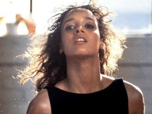 Flashdance: Scenes from this dance flick were filmed in Pittsburgh.