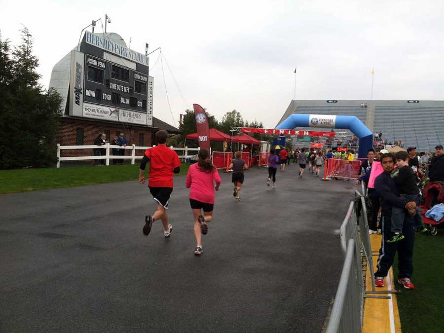 More than 1,600 people packed Hersheypark Stadium Sunday morning for the first Hershey 10K.