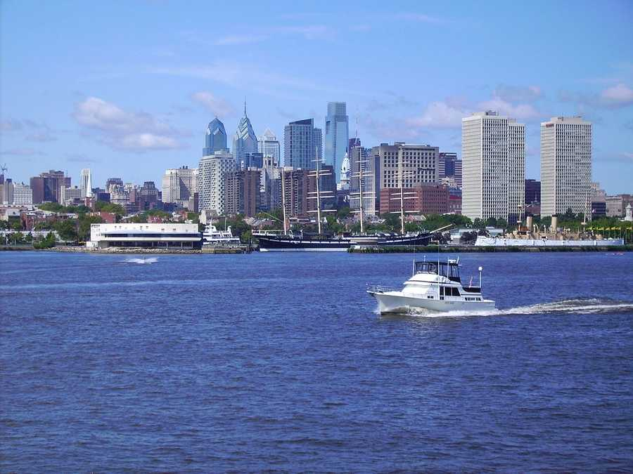 """22. Philadelphia, Pennsylvania: The City of Brotherly Love earned its nickname from the literal meaning of the city's name in Greek -- """"brotherly love"""". A commercial, educational, and cultural center, Philadelphia was the social and geographical center of the original 13 American colonies."""