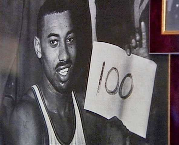 He tallied 100 points for the Warriors in a 169-147 victory over the Knicks.