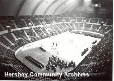 There was nothing exciting about the Knicks playing the Warriors in Hershey in 1962.