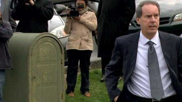 Sandusky attorney Joe Amendola arrives Tuesday morning for the sentencing of his client.