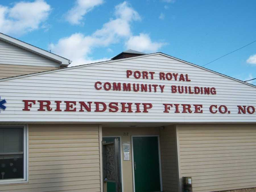 The biggest town in Juniata County is Port Royal with 917 residents.