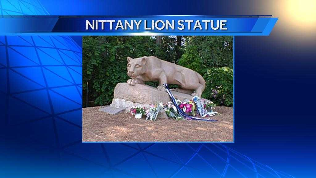 3.27 Nittany Lion statue