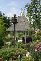 Tripadvisor.comhas ranked the 10 most beautiful public gardens in the United States.