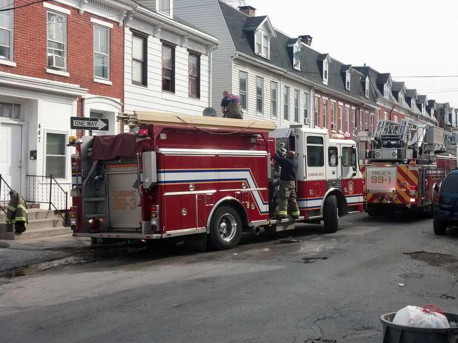 The blaze in the 400 block of Walnut Street started in a vacant apartment on the second floor.