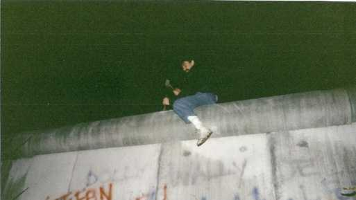 9.3.13 berlin wall image