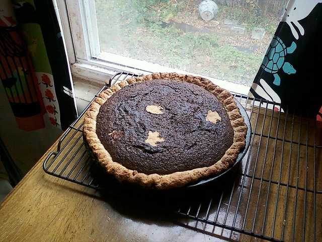 Shoofly pie - both the wet bottom and ...