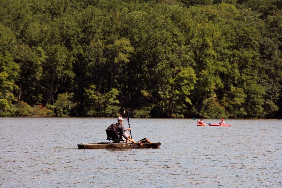 Inflatable watercraft devices used on Pennsylvania state park waters must meet the following requirements: the craft must be made of a tough material, have more than one buoyancy chamber, and be a minimum of seven feet long.
