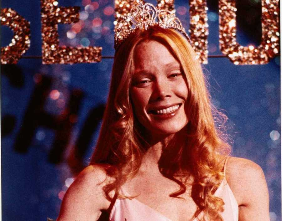 Carrie - Movies based on Stephen King movies seem to be hit-or-miss. Carrie, starring Sissy Spacek, was definitely a horror hit.