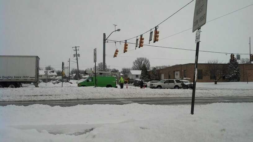 A traffic light dangles at Oakview and Lincoln Highway in East Lampeter Township, 11 a.m. Thursday.