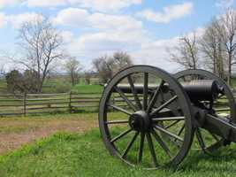 Tour the Gettysburg Battlefield on horseback and take a narrated trail ride through Gettysburg National Park. Visit www.hickoryhollowfarm.com to learn more.