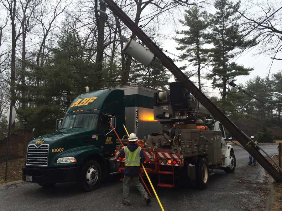 Met-Ed crews are now on the scene repairing the damage.