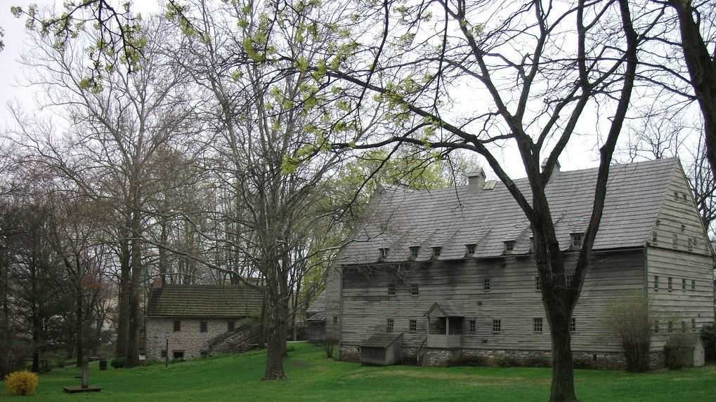 15: One of America's earliest religious communities, the Ephrata Cloister, was founded by German settlers in 1731 in Ephrata, PA. Image: https://creativecommons.org/licenses/by-nd/2.0/