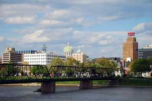 6: The location of Pennsylvania's capital, Harrisburg, was chosen in part because of the easy navigation on the Susquehanna River.