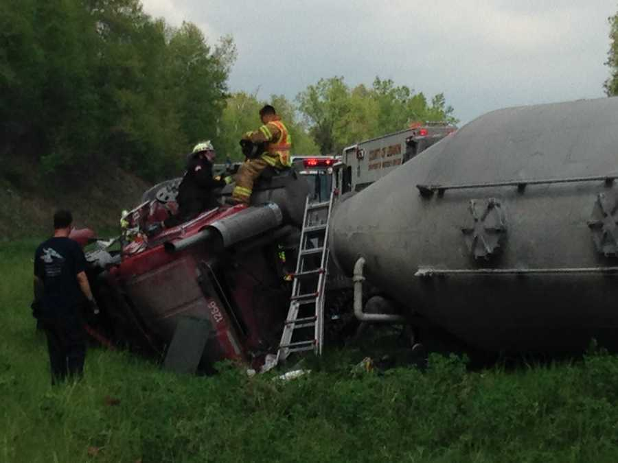 The tanker truck overturned and needs to be uprighted and moved from the site before southbound I-81 can be reopened to traffic. Wreckers are currently on the scene to upright the tanker truck.