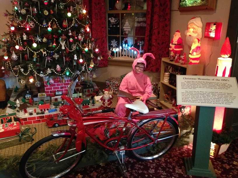 """This scene features items from the 1950s. There's also a tribute to Ralphie, the main character in """"A Christmas Story."""""""