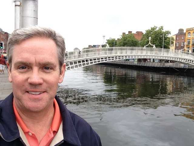 An official Brian Roche selfie. The Ha'penny Bridge, a.k.a. the Liffey Bridge, and the River Liffey is in the background.