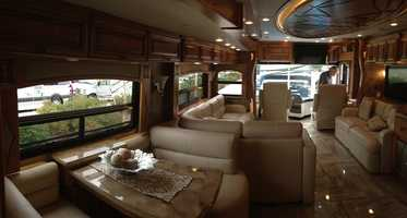 Many attendees said they would feel right at home in the London Aire 4503. Listed at $617,909, it was one of the most expensive models at the show.