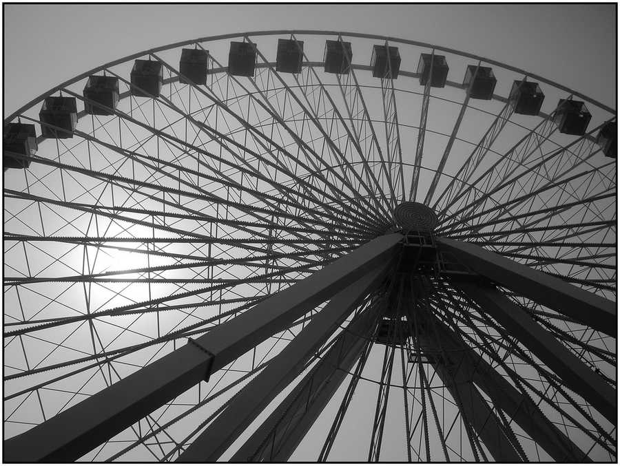 Ferris heard this complaint and quickly scribbled a design for the Ferris Wheel on a napkin during the banquet. Following it's construction, the Ferris Wheel cost fifty cents to ride, and made $726,805.50 during it's introduction at the World's Fair.(Source: inventors.about.com)
